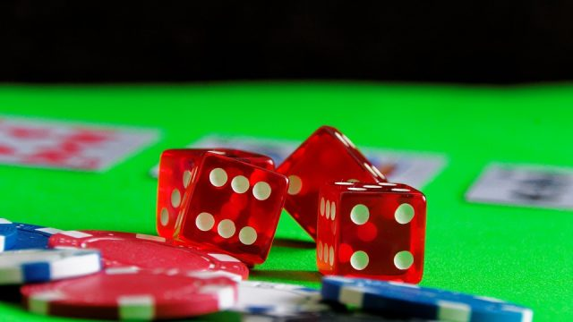 Gambling in Canada: Land-Based and Online Casinos